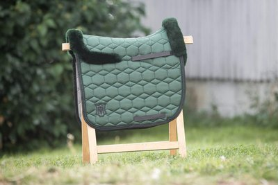 Square Dressage Racing Green avec lain Mattes